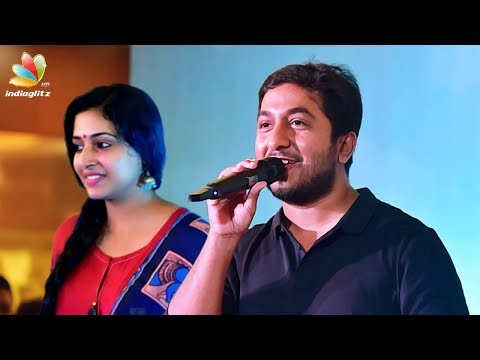 Vineeth sreenivasan sings Jimikki Kammal Song | Anu Sithara | Aana Alaralodalaral Audio Launch