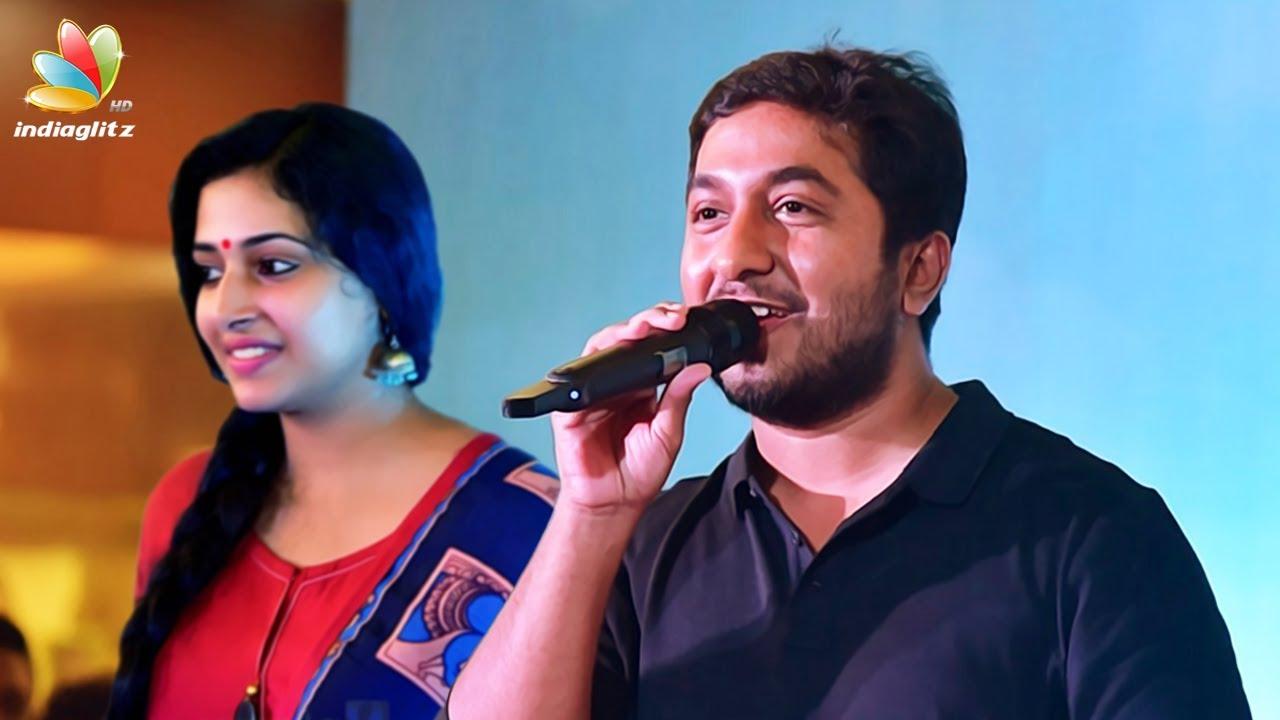 Vineeth sreenivasan sings Jimikki Kammal Song | Anu Sithara | Aana Alaralodalaral Audio Launch