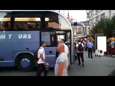 Спорт1.мк: Видео од пристигнувањето на Милан во Скопје