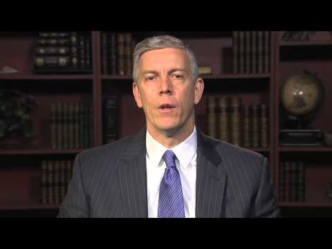 Arne Duncan Opens the STC 2014 Forum: Harlem // NYC