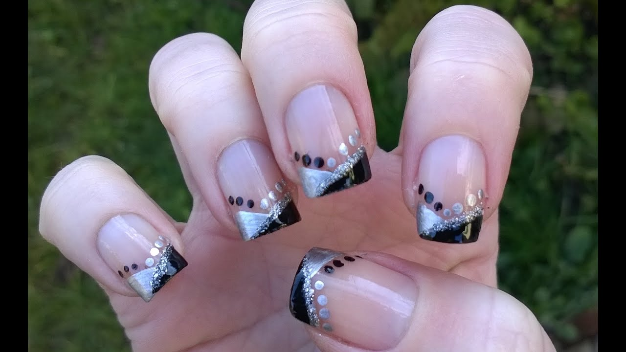 Easy Nail Art Designs For Holidays: Elegant PARTY & NEW ...