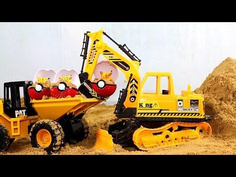รถ แม็คโคร รถบรรทุก ขุดเจอ โปเกมอน ปิกาจู Excavators dig truck across  the Pokemon !!