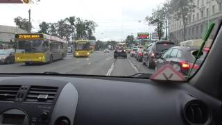 Управление автомобилем в городе.