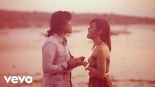 Novita Dewi & Alex Hingga Menutup Mata (When The Curtain Falls)