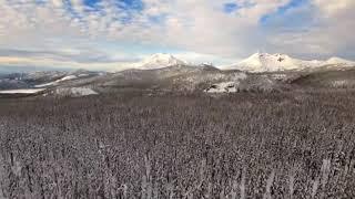 雪天坐缆车别有一番体验