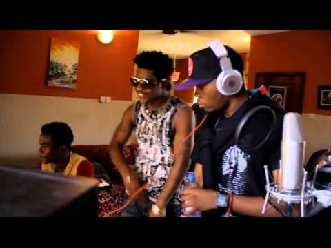 DannyYoung Studio Recording of OMO LEPA.ft Olamide mp4