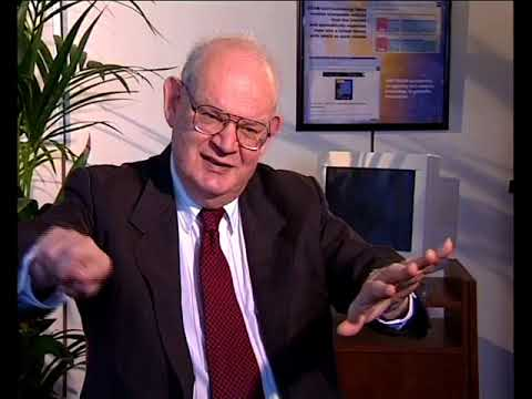 Benoît Mandelbrot - Power-Law Distribution (32/144)