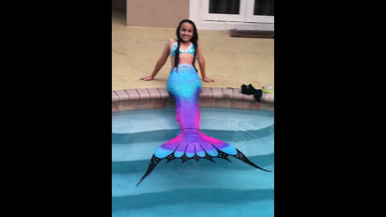 d6f068f16f62a Swimming in a Silicone Mermaid Tail