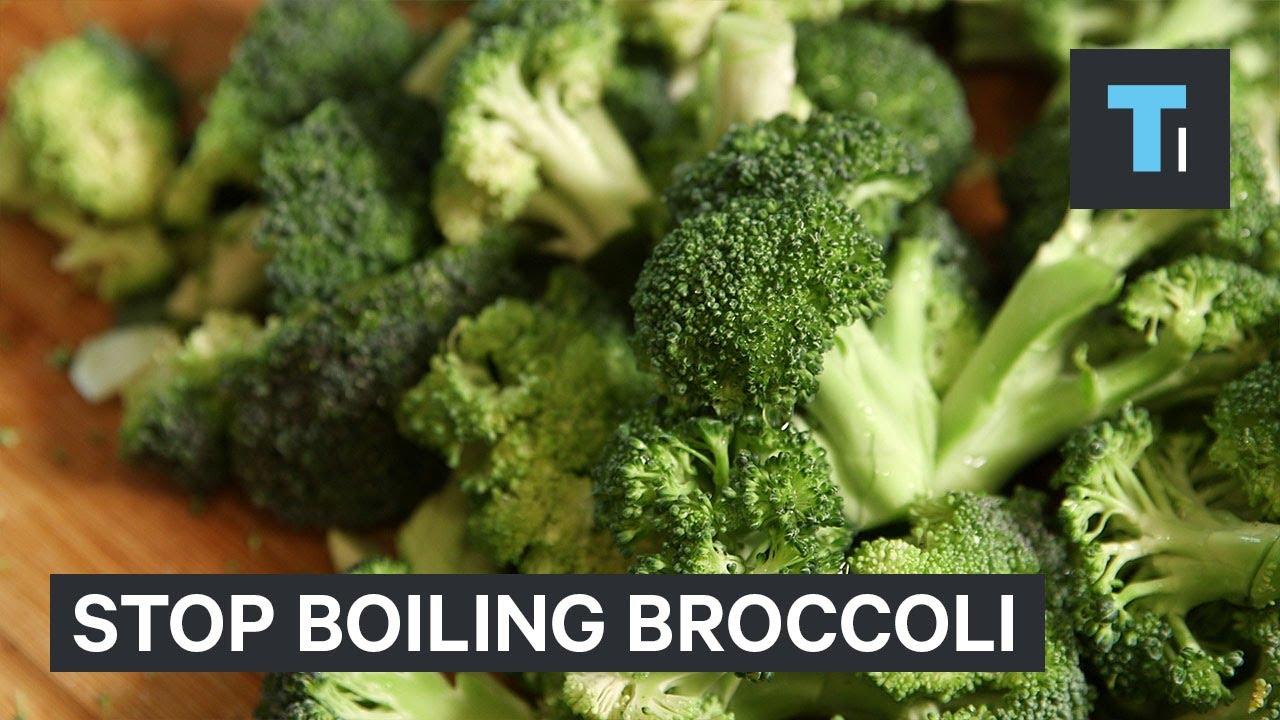 Како да ја подготвите брокулата за да не се изгубат потребните хранливи состојки?