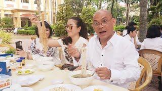 Food For Good Eps 160: Hủ tiếu Nhà Khách Tiền Giang ngon miệng, thơ mộng và bình dân