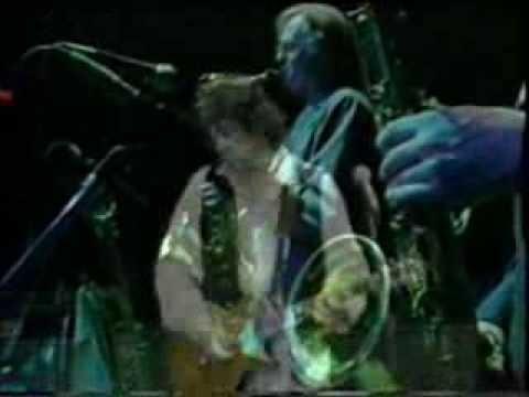 Клип Gary Moore - Love That Burns