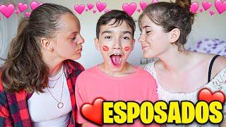 MI HERMANO PEQUEÑO SE ESPOSA A SU NOVIA Y EX NOVIA !! *muy incómodo* Exi