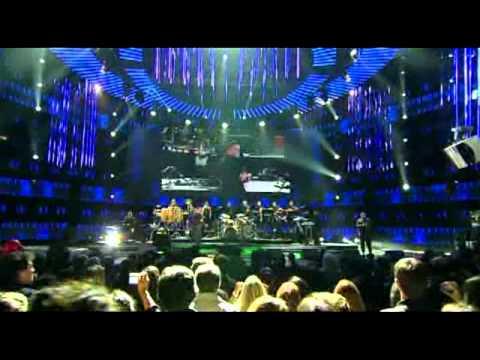 Hombre Casado - Cesar Vega & Orquesta - Chepita Royal 2016 de YouTube · Duración:  7 minutos 57 segundos