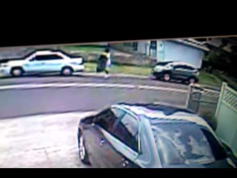 Police seeking man who stole car in Pearl City with 2 children inside