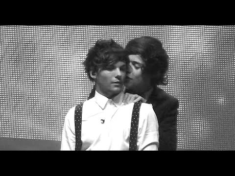 Harry + Louis // Body Language And Sexual Tension // Larry Stylinson