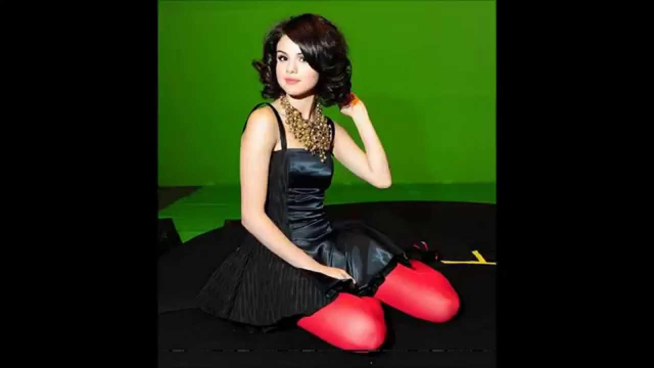 Gomez stockings selena Celebs Wearing