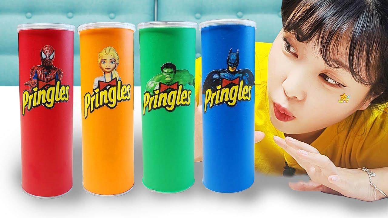 프링글스를 먹으면 무엇으로 변할까요?!!다양한 프링글스 변신놀이 겨울왕국 슈퍼히어로 Making Pringles with Elsa and Hulk