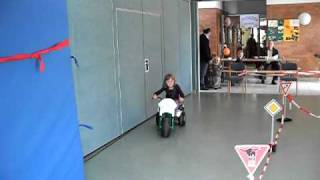 Kinderautos Car Running