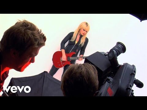 Orianthi - Shut Up & Kiss Me (Behind The Scenes)