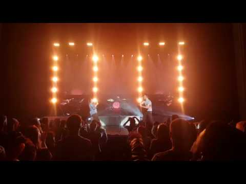Alessia Cara - Stone feat Nathan Sykes (LIVE in Boston)