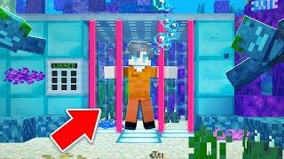 i-got-locked-up-in-underwater-prison-minecraft