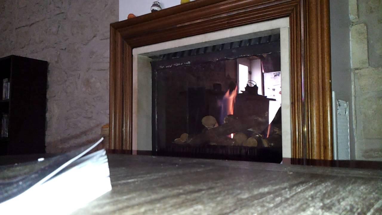 foyer au gaz propane probleme. Black Bedroom Furniture Sets. Home Design Ideas