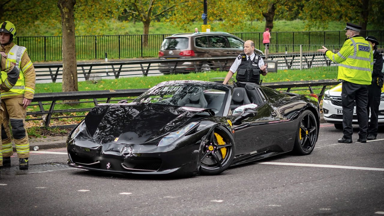 Ferrari 458 Spider Crashed Into A Ferrari 812 Superfast And Bmw M6 In Central London Youtube