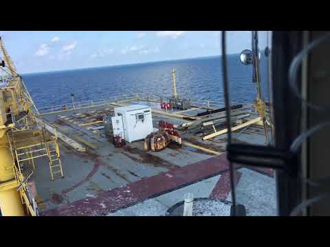 Offshore landing on platform