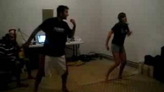 aankh maare dance