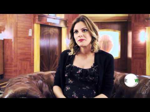 Amaia Salamanca nos cuenta su reencuentro con Miguel Ángel Silvestre