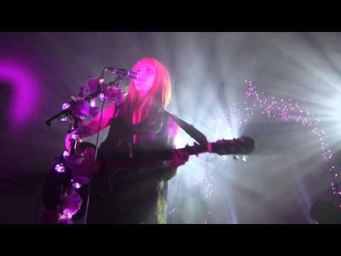 Kyla La Grange - Vampire Smile (HD) - Oval Space - 19th November 2015