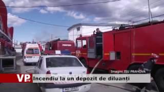 Incendiu la un depozit de diluanți