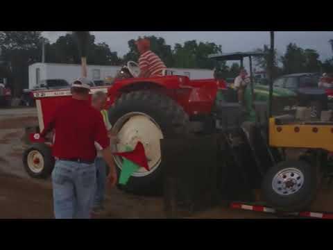 9,000lb Farm Stock Class, Owenton, KY Tractor Pull 2011