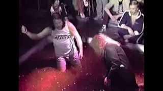 Carla Leonardo vs. Harvey Wharfield - WCOZ Jello Wresting (1983)