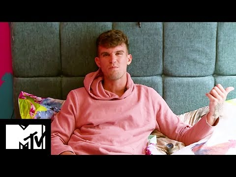 GEORDIE SHORE 15 | 12 VERY PERSONAL QUESTIONS WITH GAZ BEADLE - MTV SHOWS