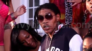 Watch Vybz Kartel Never Turn A Raper video