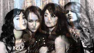 Demi,Miley,Selena & Taylor- Best Friend