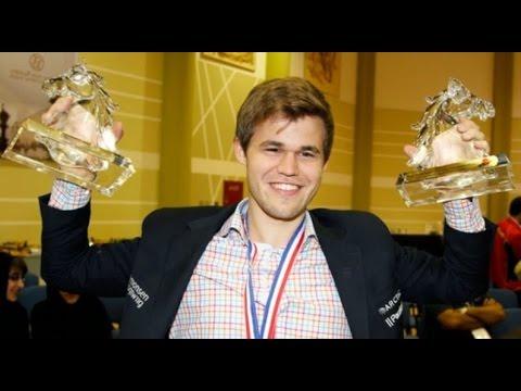 šachy Magnus Carlsen - Zbyněk Hráček 2007 1-0 komentuje Robert Cvek