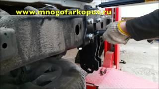 видео Как установить фаркоп на Тойота Прадо?