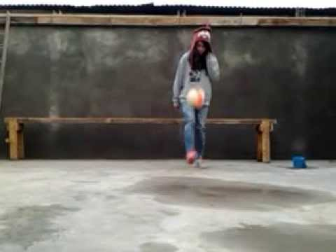 Dominando El Balon Girl Youtube