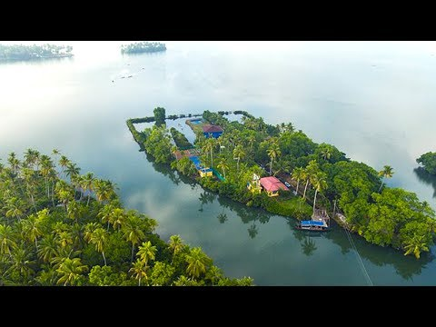 Temple in an Island | kerala tourism