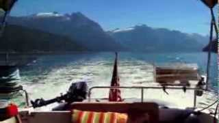 Gambar cover Cruising to Walsh Cove