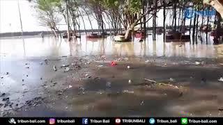 Video Gelombang Tinggi Di Pantai Padang Galak Tutup Akses Ke Pura Campuhan Windu Segara download MP3, 3GP, MP4, WEBM, AVI, FLV September 2018