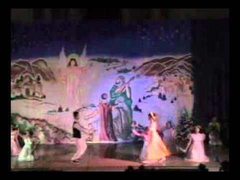 Hoạt cảnh giáng sinh 2010 Múa Bước Chân Người Hái Lộc Trường Xuân