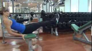 Train Smarter - Abs/Quads -V-CRUNCH ON BENCH by Roxy - Healthy Sint Maarten