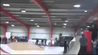 Копия видео Велосипедист против люстры 1(, 2015-02-09T15:49:49.000Z)
