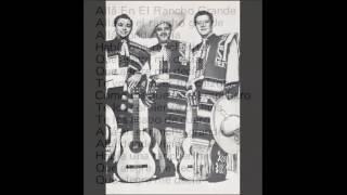 トリオ・ロス・パンチョスの歌と演奏をお聴き下さい。
