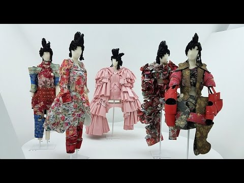 Rei Kawakubo   Comme des Garcons at the Met Gala  HQ
