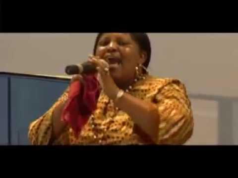 Ruth Wamuyu - Bendera
