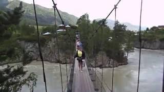 Видео  Выходим с острова Патмос по подвесному мосту(Мы побывали на острове Патмос в июне 2016 года, прошли по подвесному мосту, зашли ненадолго в храм., 2016-06-18T13:28:21.000Z)
